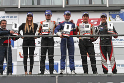 Podium: Sieger Matthieu Vaxiviere, SMP Racing, 2. Tom Dillmann, AVF, 3. Alfonso Celis Jr., AVF