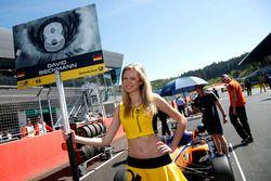 Chica de la parrilla para David Beckmann, kfzteile24 Mücke Motorsport Dallara F312 – Mercedes-Benz