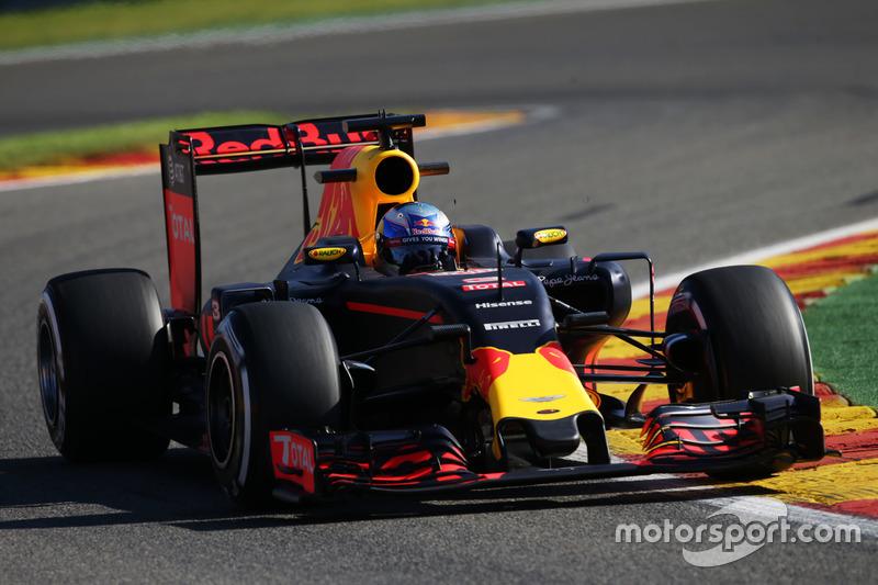 5. Daniel Ricciardo, Red Bull Racing RB12