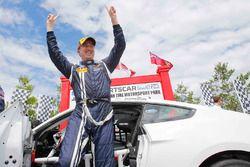 Yarış galibi Billy Johnson, Multimatic Motorsports