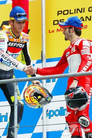 Yarış galibi Valentino Rossi, 3. Max Biaggi