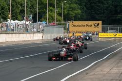 Arrancada Anthoine Hubert, Van Amersfoort Racing Dallara F312 - Mercedes-Benz