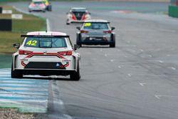 Lukas Niedertscheider, HP Racing, SEAT Leon TCR