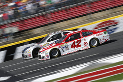 Kyle Larson, Chip Ganassi Racing Chevrolet, Danica Patrick, Stewart-Haas Racing Chevrolet