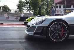 Porsche 918 Spyder vs Rimac Concept_One