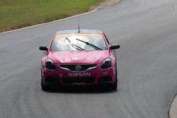 #44 CRG-I Do Borrow Nissan Altima Coupe: Sarah Cattaneo, Owen Trinkler