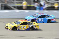 Aric Almirola, Richard Petty Motorsports, Ford; Brian Scott, Richard Petty Motorsports, Ford