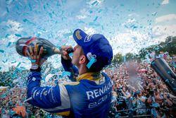 The Podium: Champion Sébastien Buemi, Renault e.Dams