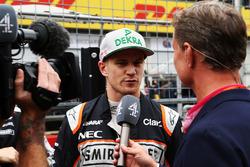 Nico Hülkenberg, Sahara Force India F1 avec David Coulthard, sur la grille