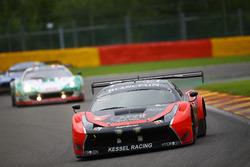 #888 Kessel Racing, Ferrari F458 Italia GT3: Marco Zanuttini, Liam Talbot, Vadim Glitin
