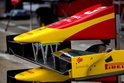 Repuesto frente alas de Norman Nato, Racing Engineering