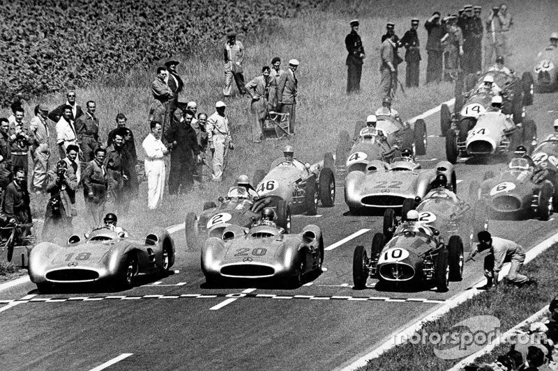 Хуан-Мануэль Фанхио и Карл Клинг, Mercedes-Benz W196, Гран При Франции 1954 года