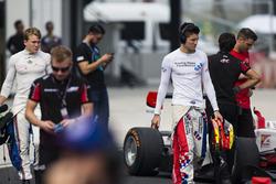 Мэтт Перри, Koiranen GP и Джейк Деннис, Arden International