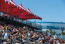 Long Beach Formula E spectators