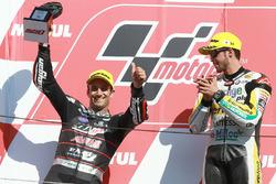 Le vainqueur Thomas Lüthi, Interwetten, deuxième place Johann Zarco, Ajo Motorsport
