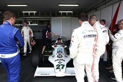 Daniel Ricciardo in the Williams F1