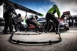 Pit stop , Maximilian Götz, Mercedes-AMG Team HWA, Mercedes-AMG C63 DTM