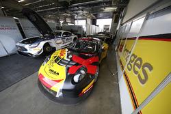 #76 IMSA Performance, Porsche 911 GT3 R