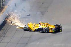 Spencer Pigot, Rahal Letterman Lanigan Racing Honda en un gran accidente