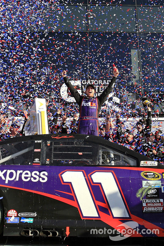 Winnaar: Denny Hamlin, Joe Gibbs Racing Toyota