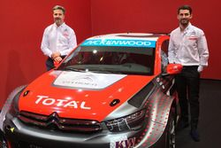 Yvan Muller and Jose Maria Lopez with the Citroën C-Elysee WTCC, Citroën World Touring Car team 2016 livery