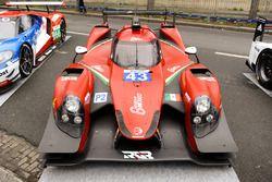RGR Sport by Morand LMP2 in de straten van Parijs