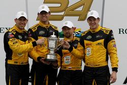 Победители PC: Крис Миллер, Михаил Гойхберг, Стивен Симпсон и Кентон Кох, #85 JDC/Miller Motorsports