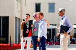 F1 Esports racer Sven Zurner and Nico Rosberg