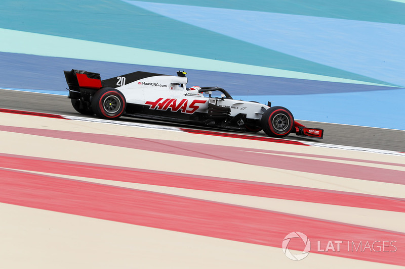 15. Kevin Magnussen, Haas F1 Team VF-18