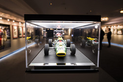 Модель гоночного автомобиля Джима Кларка