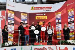 Podio Trofeo Pirelli