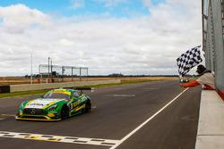 Winners #8 Mercedes-AMG GT3: Max Twigg, Tony D'Alberto
