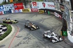 Josef Newgarden, Team Penske Chevrolet, James Hinchcliffe, Schmidt Peterson Motorsports Honda, Sébastien Bourdais, Dale Coyne Racing with Vasser-Sullivan Honda