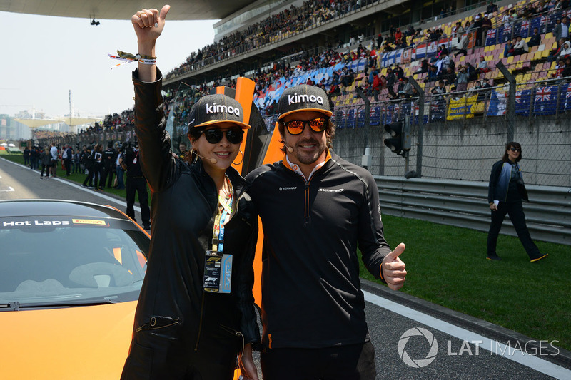 Corinna Lau, on the grid with Fernando Alonso, McLaren