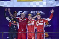 Podio: Sebastian Vettel, Ferrari, Daniel Ricciardo, Red Bull Racing, Kimi Raikkonen, Ferrari