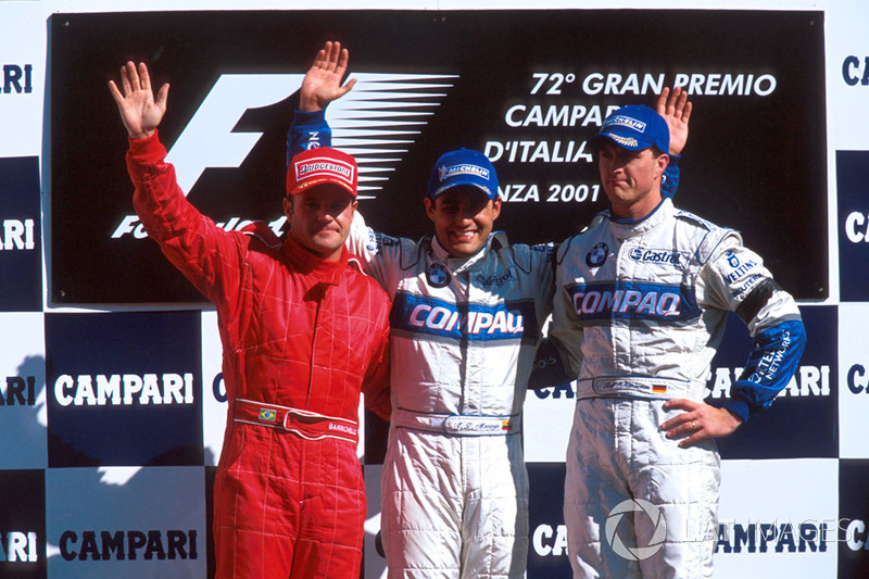 Podium: Rubens Barrichello, Ferrari second; Juan Pablo Montoya, Williams winner; Ralf Schumacher, Wi