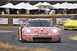 Kevin Estre Porsche 911 RSR 'Cochon Rose'
