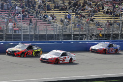 Brad Keselowski, Team Penske, Ford Fusion Wurth, Martin Truex Jr., Furniture Row Racing, Toyota Camr