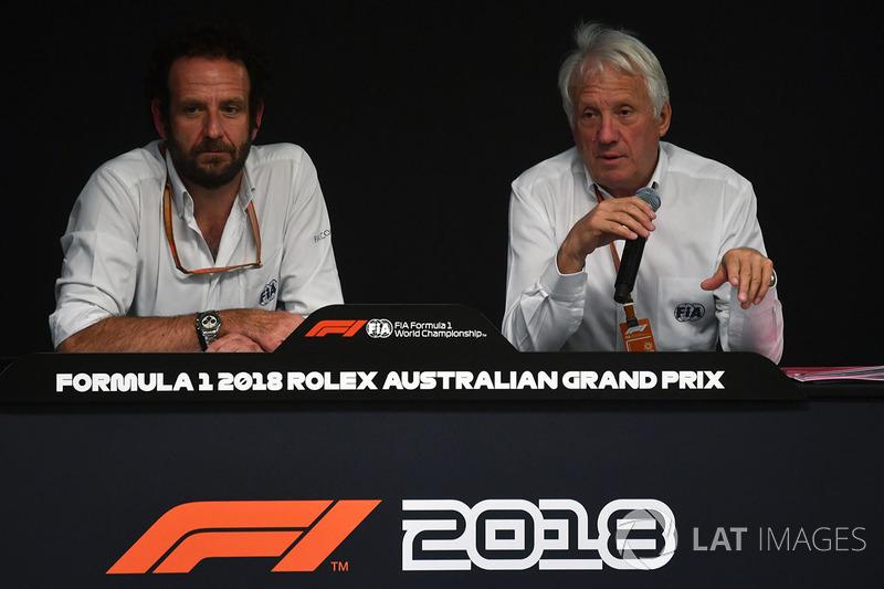 Matteo Bonciani, FIA Med ya Delegesi ve Charlie Whiting, FIA Delegesi