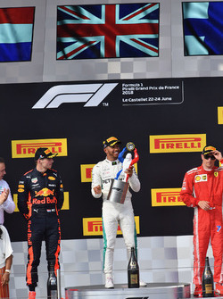 Max Verstappen, Red Bull Racing, Lewis Hamilton, Mercedes-AMG F1 and Kimi Raikkonen, Ferrari celebrate on the podium