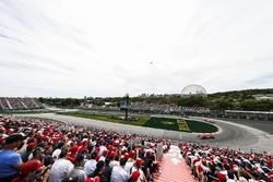 Себастьян Феттель, Ferrari SF71H, Валттери Боттас, Mercedes AMG F1 W09, Макс Ферстаппен, Red Bull Racing RB14, Льюис Хэмилтон, Mercedes AMG F1 W09, и Даниэль Риккардо, Red Bull Racing RB14