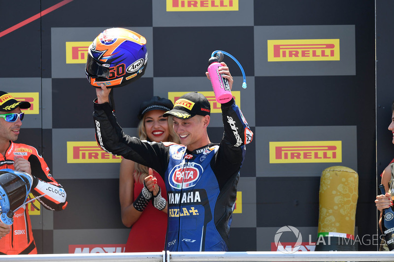 Podio: il secondo classificato Michael van der Mark, Pata Yamaha