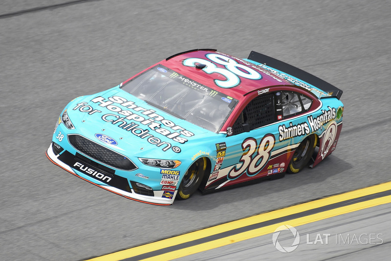 21. David Ragan, Front Row Motorsports, Ford Fusion Shriners Hospital For Children