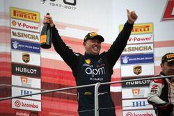 Podium Race 2 Asia Pacific Challenge, #204 Ferrari Hong Kong Ferrari 488: Philippe Prette