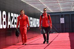 Sebastian Vettel, Ferrari et son entraîneur Antti Kontsas