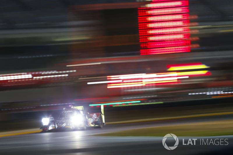 #37 Jackie Chan DC Racing JOTA ORECA LMP2, P: Lance Stroll, Felix Rosenqvist, Daniel Juncadella, Robin Frijns
