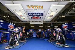 Pata Yamaha garage