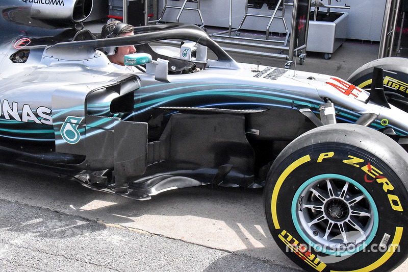 Mercedes-AMG F1 W09 bargeboard detail