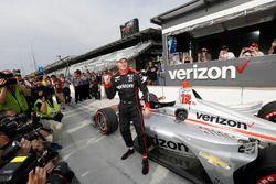 Ganador del premio Verizon P1 Pole Will Power, equipo Penske Chevrolet