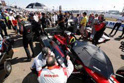 Les ingénieurs de Robert Wickens, Schmidt Peterson Motorsports Honda